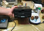 """Buenos Aires 2004 - A 5.25"""" diskdrive and a 3.5"""" diskdrive in one casing!"""
