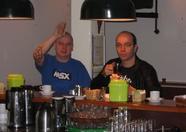 Raymond van Hoorn (Ray2day) and Raymond van der Meulen (OeiOeiVogeltje) at the bar