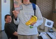 Bart van Velzen (norakomi) holding the box of Manbow 2 and some precious bananas