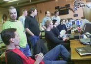 various people looking at Sphere, running from dos2 on 3.58!