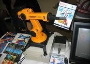 The SVI-2000B robot arm was also on Walter's booth.