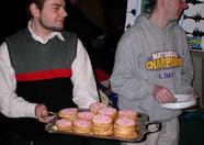 Bas Kornalijnslijper handing out 'Beschuit met muisjes' to celebrate the birth of Quintie. Filip Slagter (MSX-Xpress/MAF) is carrying the tray.