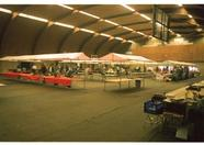 A new day, a new MSX fair. Standholders are preparing their stands while many visitors are waiting outside